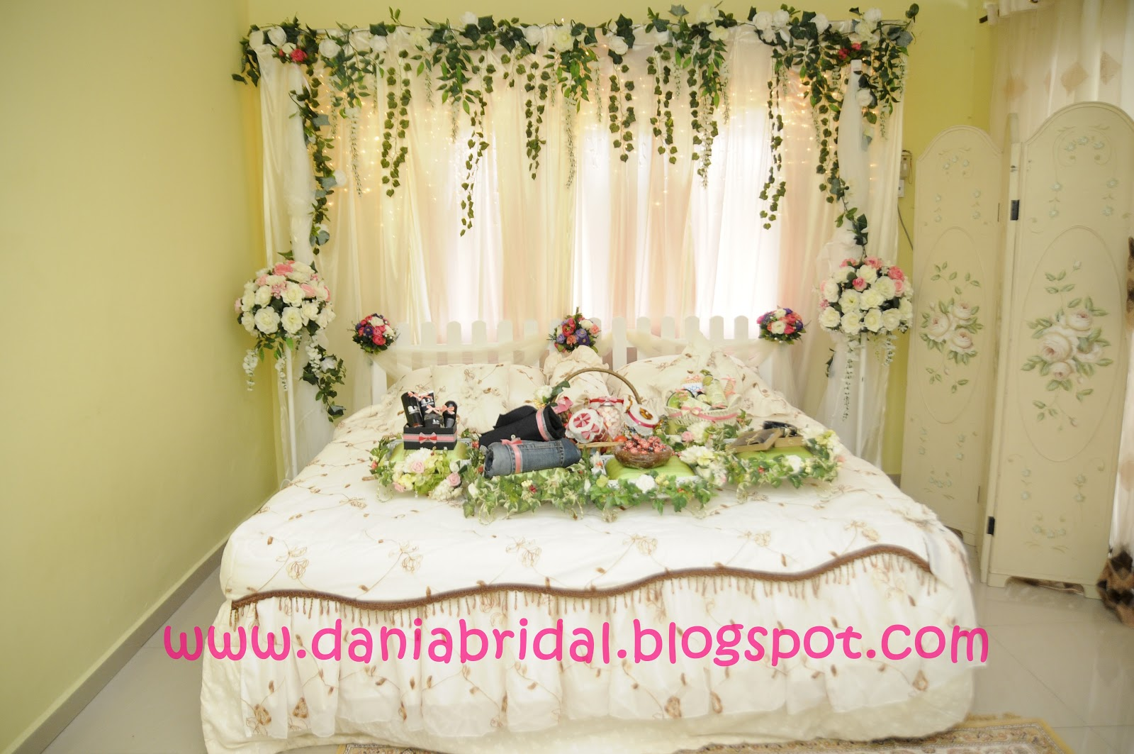 Dekorasi Kamar Tidur Pengantin